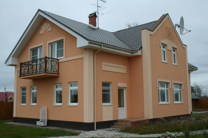 Красивая штукатурка фасада дома