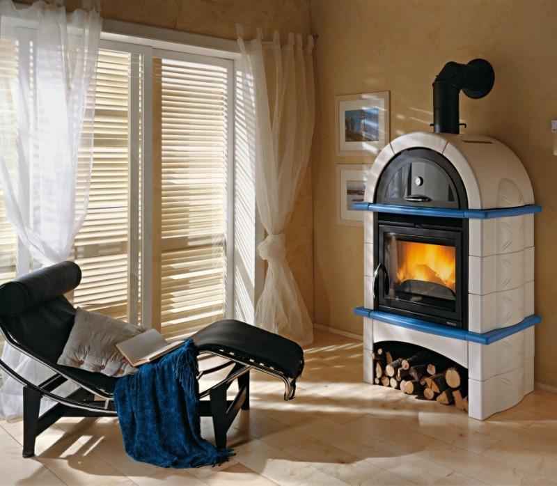 Кирпичная отопительная печь с водяным контуром
