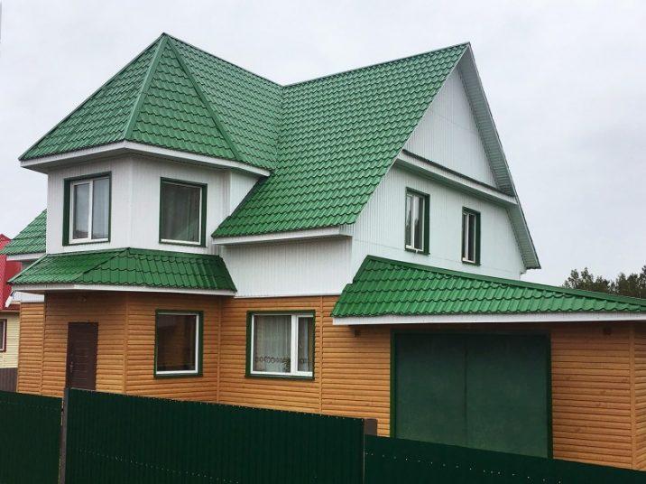 выборе прожектора фасад дома с зеленой крышей фото принты, форма позволяет