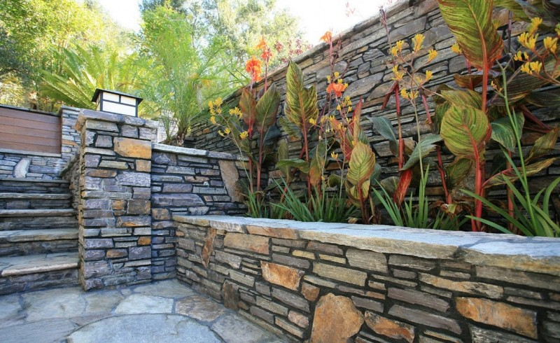 Забор из камня — как выбрать и установить красивый, надежный и качественный забор из камня. Особенности конструкции и обзор популярных моделей (85 фото)